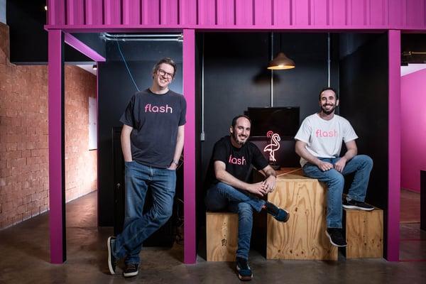 """Flash Benefícios, a """"startup que quer o lugar da VR, Ticket, Alelo e Sodexo ao mesmo tempo"""", segundo Exame."""